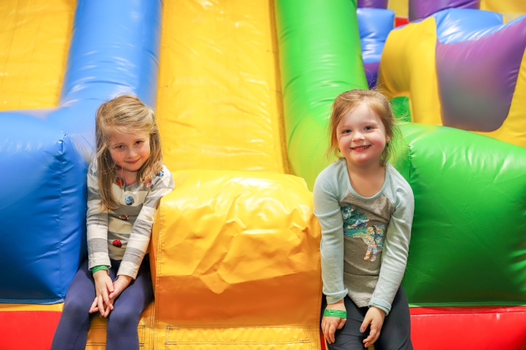 Best Children's Birthday Party Place With Giant Inflatables.